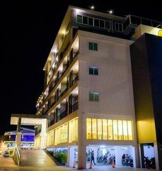 Sr Residence Hotel