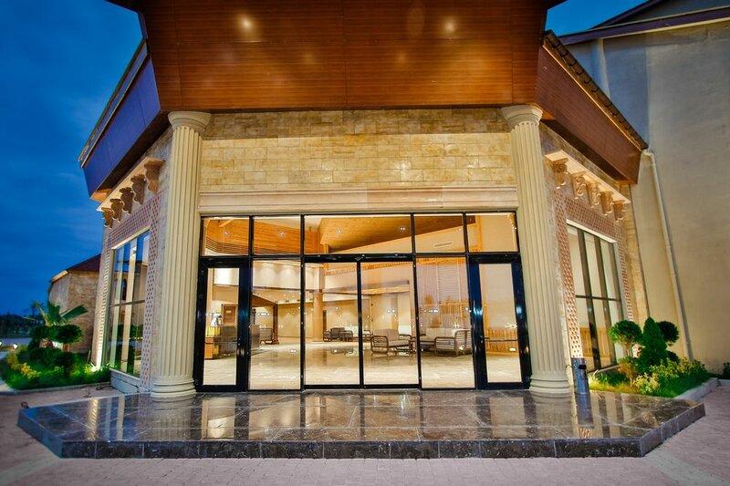 Pratap's Signature Hotel-Resort&Spa