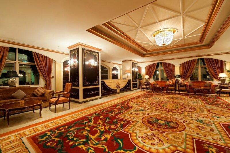 Magnum Hotel & Suites West Bay