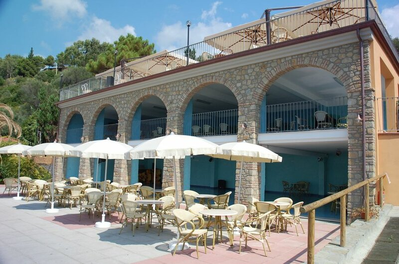 Baia Del Silenzio Resort