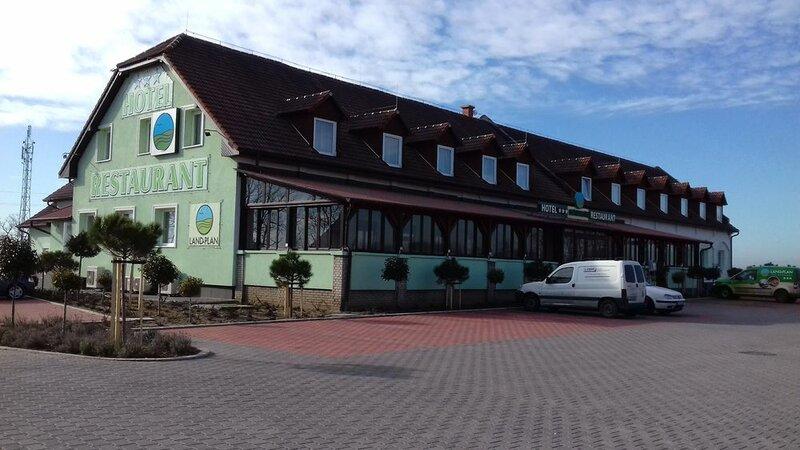 Land-Plan Hotel