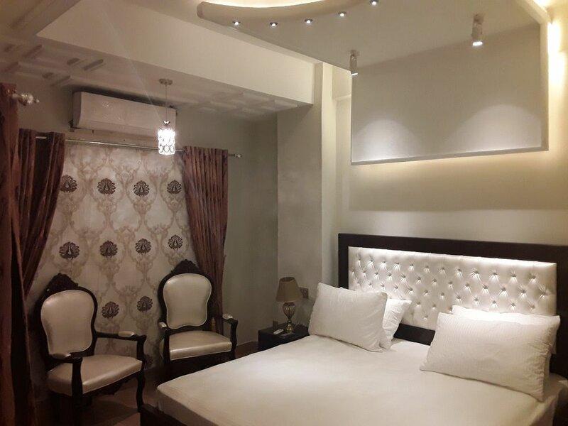 Luxes Inn