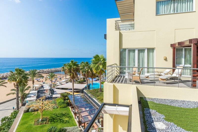 Calheta Beach – All-inclusive Savoy Signature