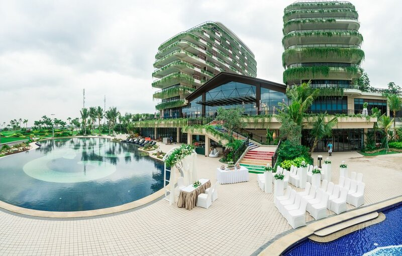 Forest City Golf Hotel