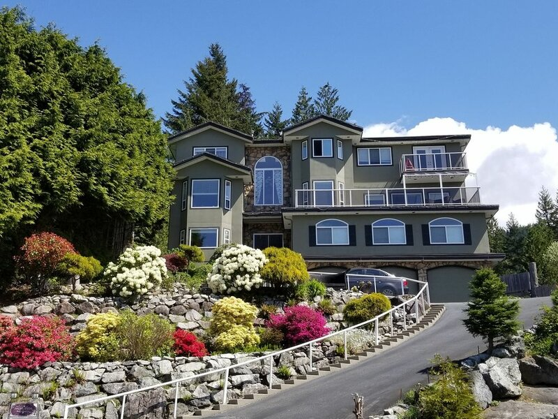 Squamish Highlands Bed and Breakfast
