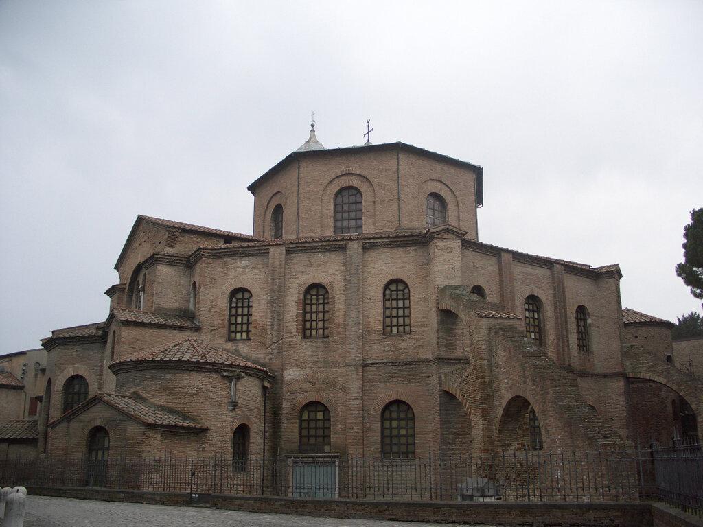 католический храм — Сан-Витале — город Равенна, фото №2