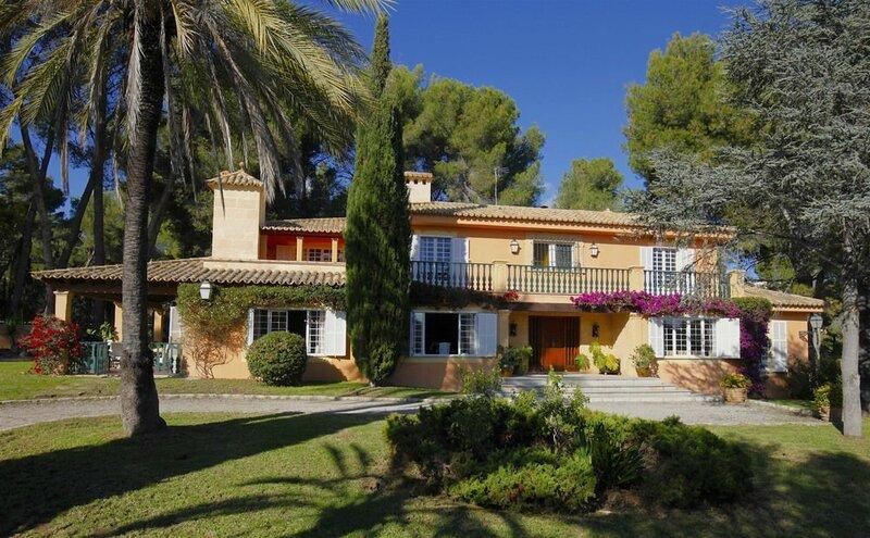 Villa Son Vida Home and Golf