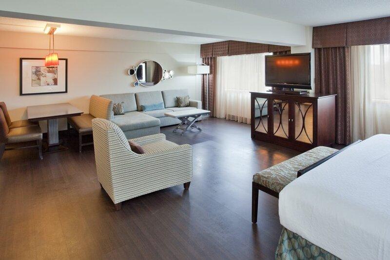 Holiday Inn Virginia Beach Norfolk Hotel & Conference Center