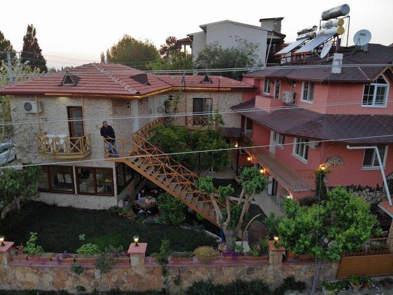 Sinter Terasse House Hotel