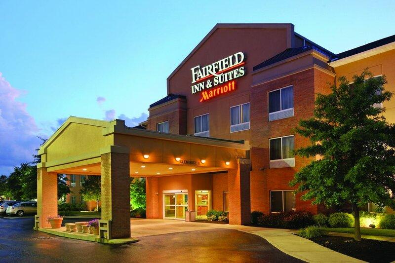 Fairfield Inn & Suites by Marriott Akron-South