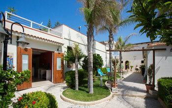 Hotel Residence Caposud Mare