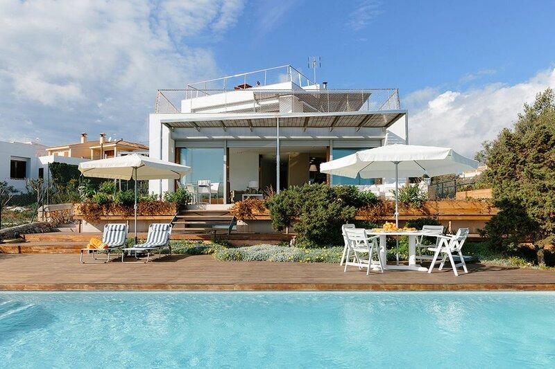Sea Front Luxurious Villa
