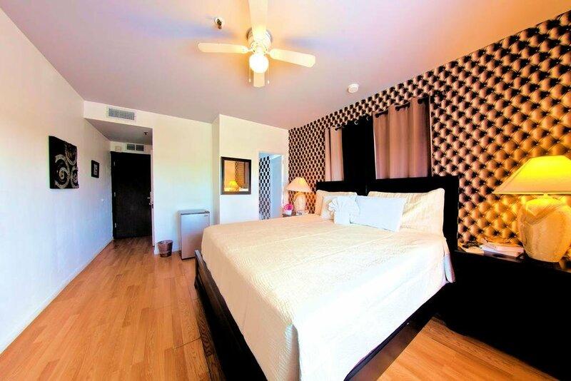 Hotel Pierre Miami Beach