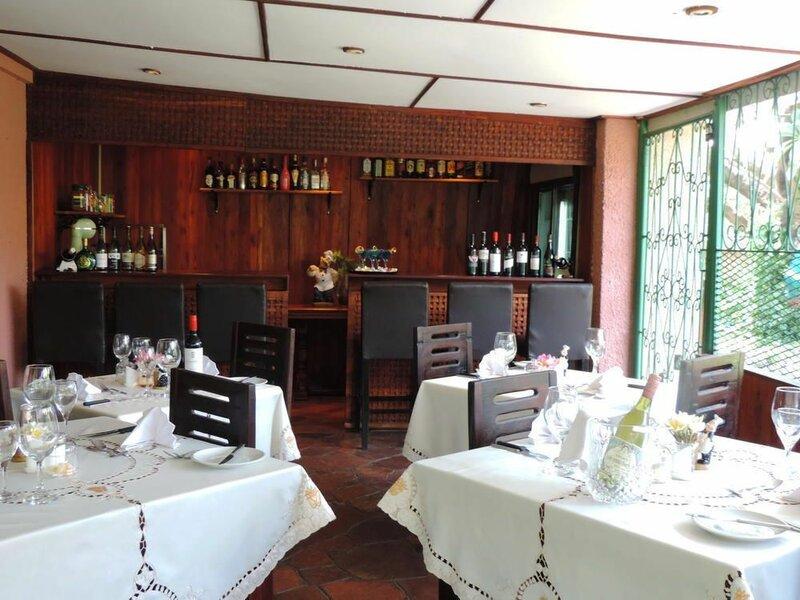 Cappuccino's Lodge