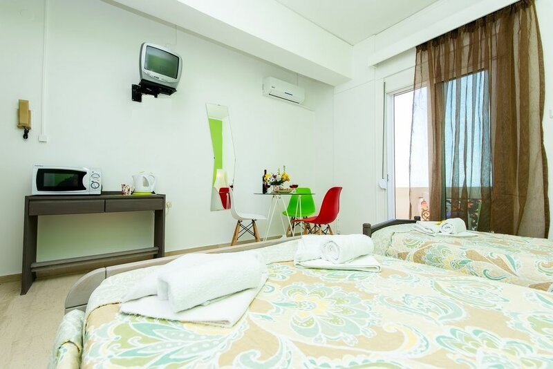 Neda Studios & Apartments