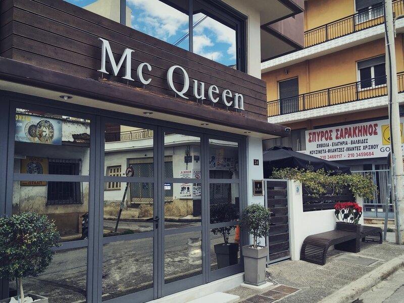 MC Queen Hotel