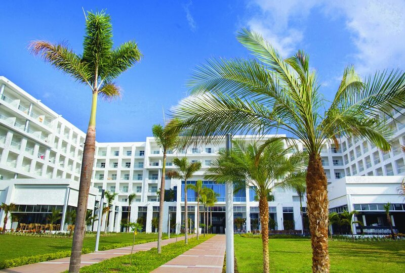 Riu Playa Blanca - All Inclusive