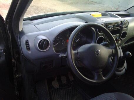 Купить Peugeot Partner пробег 52 000.00 км 2011 год выпуска