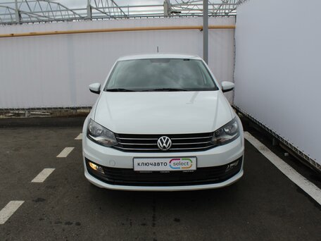 Купить Volkswagen Polo пробег 38 000.00 км 2015 год выпуска