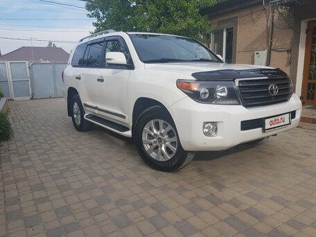 Купить Toyota Land Cruiser пробег 112 000.00 км 2014 год выпуска