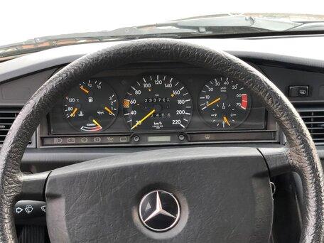 Купить Mercedes-Benz 190 (W201) пробег 233 000.00 км 1988 год выпуска