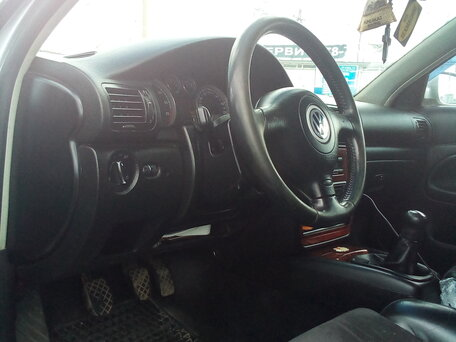 Купить Volkswagen Passat пробег 273 536.00 км 2002 год выпуска