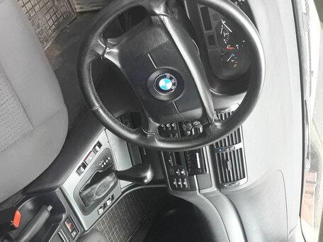 Купить BMW 3 серия пробег 390 000.00 км 2003 год выпуска