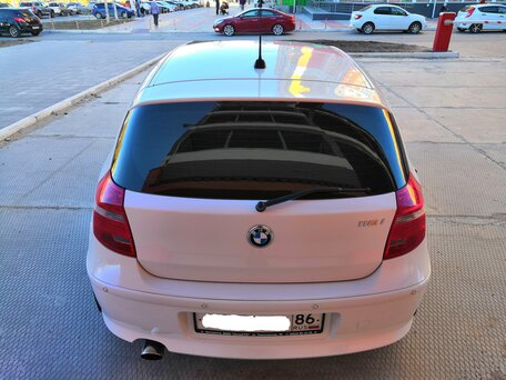 Купить BMW 1 серия пробег 48 000.00 км 2010 год выпуска