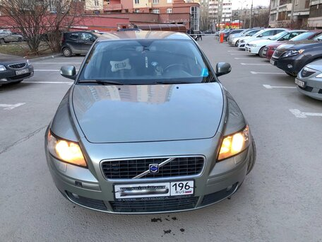 Купить Volvo S40 пробег 180 000.00 км 2006 год выпуска