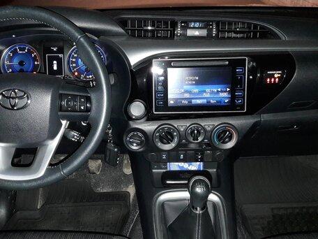 Купить Toyota Hilux пробег 31 500.00 км 2015 год выпуска