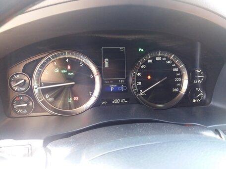Купить Lexus LX пробег 30 800.00 км 2016 год выпуска