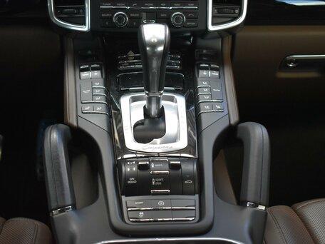 Купить Porsche Cayenne пробег 110 000.00 км 2015 год выпуска