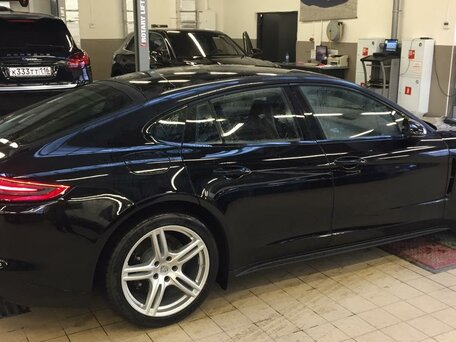 Купить Porsche Panamera пробег 2 000.00 км 2018 год выпуска