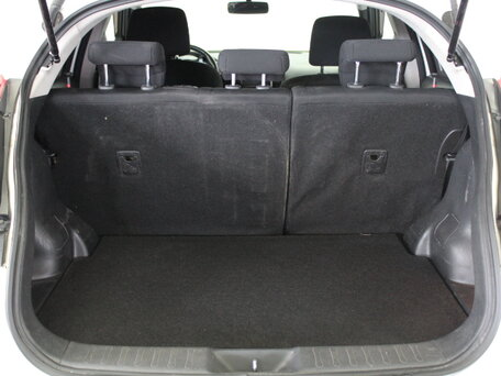 Купить Nissan Juke пробег 120 703.00 км 2012 год выпуска