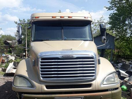 Купить Freightliner Columbia пробег 1 300 000.00 км 2004 год выпуска