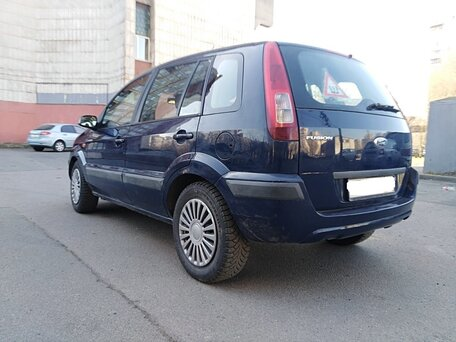 Купить Ford Fusion пробег 96 990.00 км 2009 год выпуска
