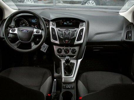 Купить Ford Focus пробег 77 814.00 км 2015 год выпуска