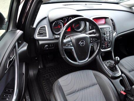 Купить Opel Astra пробег 73 000.00 км 2013 год выпуска