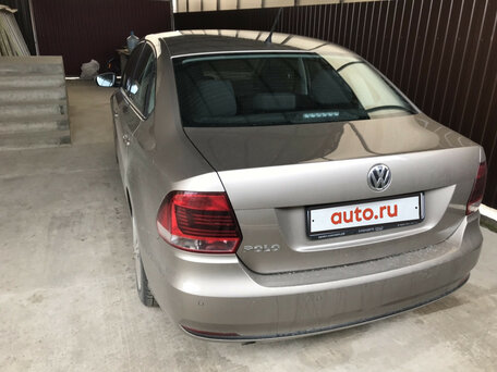 Купить Volkswagen Polo пробег 78 000.00 км 2015 год выпуска