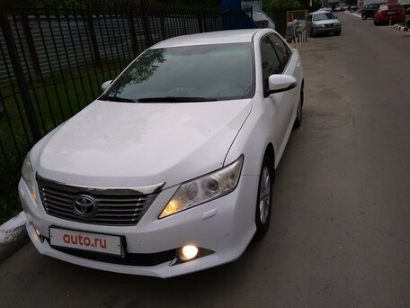 Купить Toyota Camry пробег 83 570.00 км 2012 год выпуска