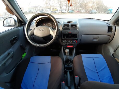 Купить Hyundai Accent пробег 140 000.00 км 2009 год выпуска