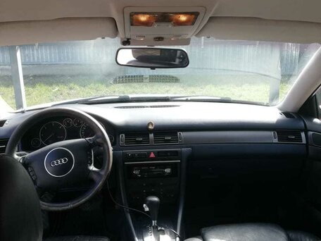 Купить Audi A6 пробег 267 200.00 км 2001 год выпуска