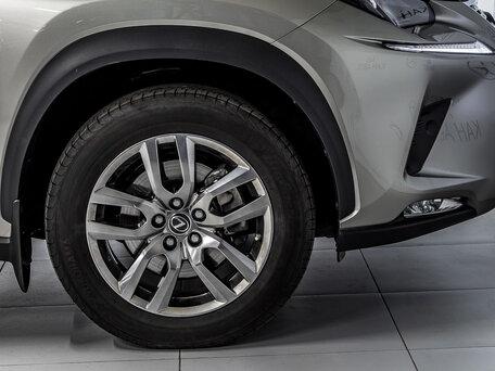 Купить Lexus NX пробег 17 003.00 км 2018 год выпуска