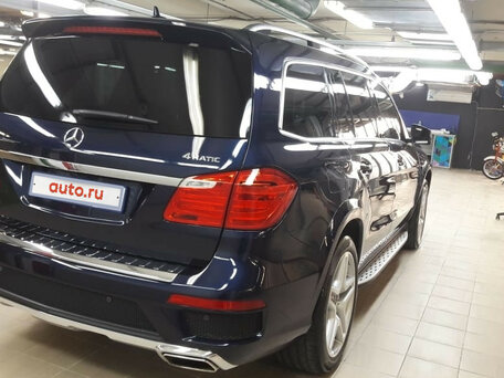 Купить Mercedes-Benz GL-klasse пробег 26 000.00 км 2015 год выпуска