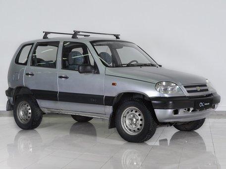 Купить бу Chevrolet Niva в Москве Продажа подержанных