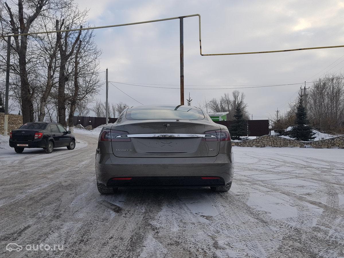 автомобиль тесла в тольятти