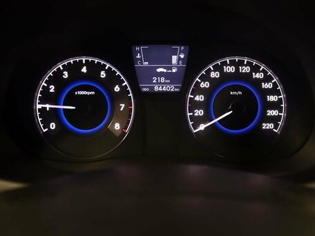 Купить Hyundai Solaris пробег 84 402.00 км 2011 год выпуска