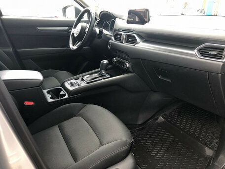 Купить Mazda CX-5 пробег 50 457.00 км 2017 год выпуска