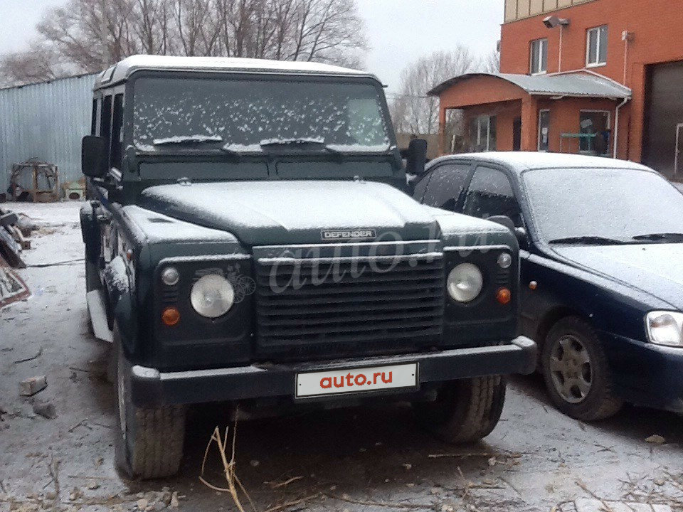 2002 Land Rover Defender  I 110, зелёный - вид 1