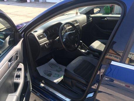 Купить Volkswagen Jetta пробег 100 000.00 км 2012 год выпуска